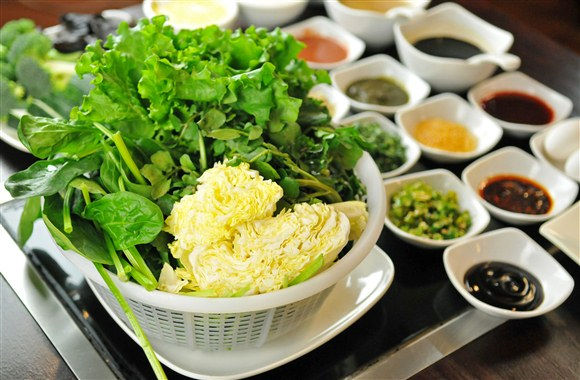 hot pot vegetables - Photo Courtesy of Phenu